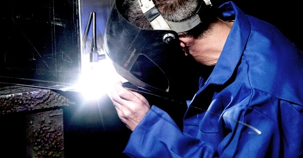 Image of welder at BOA Sheet Metal